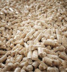 Livraison de pellets en vrac par camion souffleur
